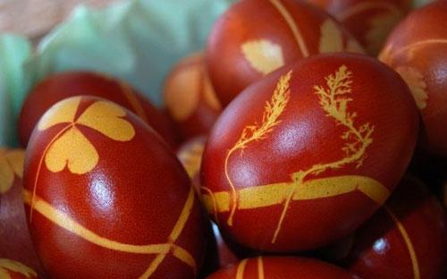 Красим яйца на Пасху: оригинальные идеи с натуральными красителями