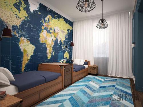 классическая детская комната для мальчика с картой на стене