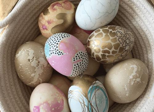 Красим яйца на Пасху: оригинальные идеи с фото