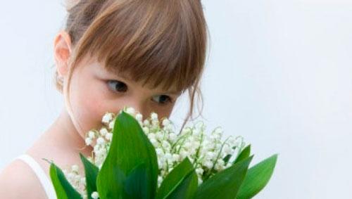Короткие загадки про ландыш для детей русский язык