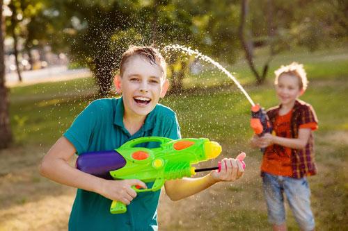 веселые фото детей летом