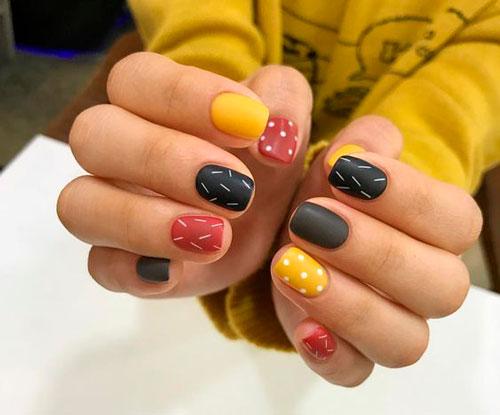 осенний дизайн ногтей с матовым гель лаком