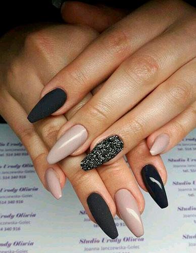стильные ногти с покрытием гель лаком