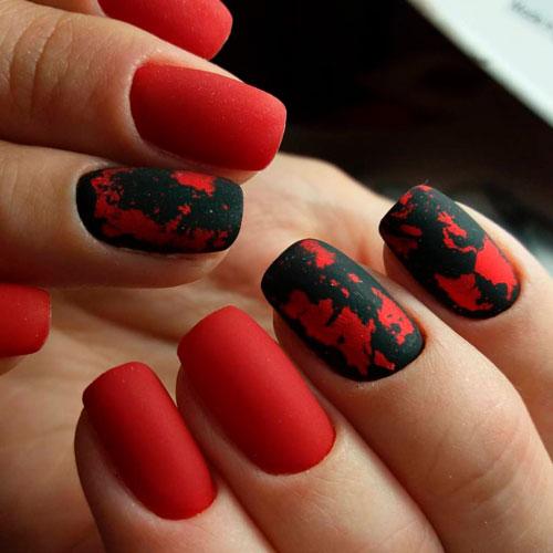 красный дизайн матового гель лака для ногтей