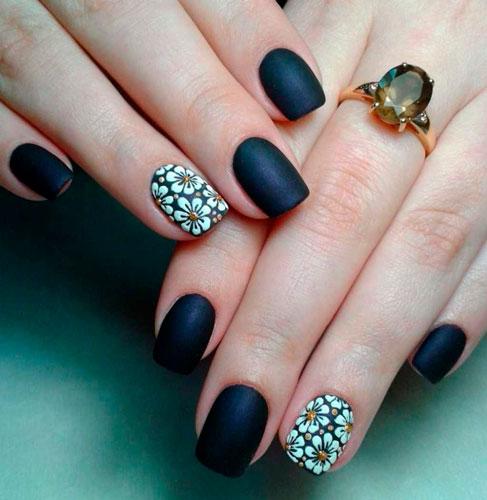 красивый черный дизайн ногтей с матовым гель лаком