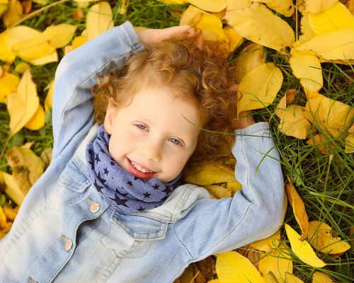 Идеи для детской фотосессии осенью 7