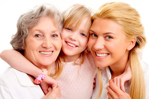 Самые красивые и трогательные стихи на день мамы