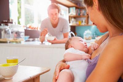 мама в первый месяц после родов 1