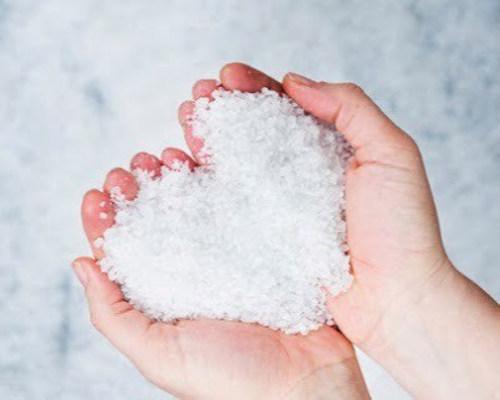 Морская соль для красоты ногтей