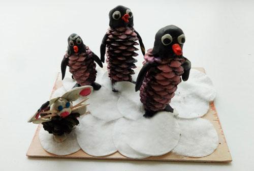 Поделки из шишек: пингвины