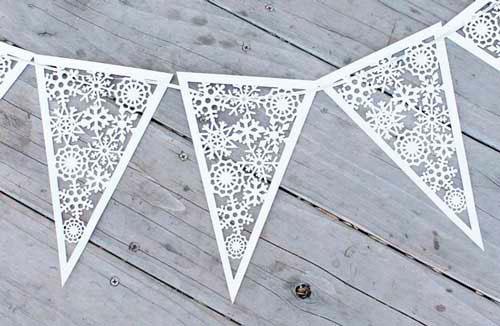 Идеи гирлянд из бумаги для Нового года: треугольники