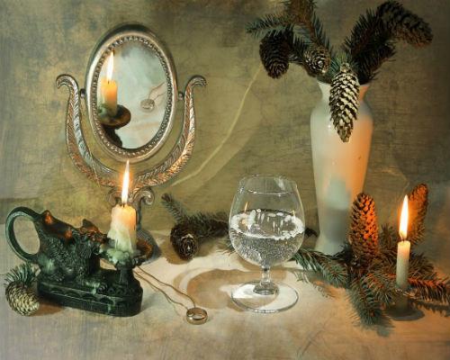 Новогоднее гадание на зеркале