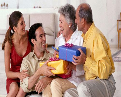 Идеи для Новогодних подарков родителям