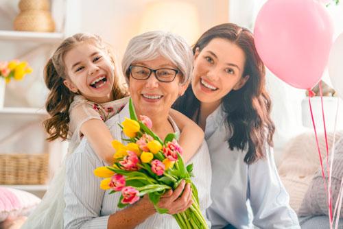 Красивые поздравления с днем рождения маме в стихах