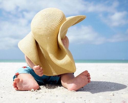 Здоровье малыша: как облегчить процесс акклиматизации на море