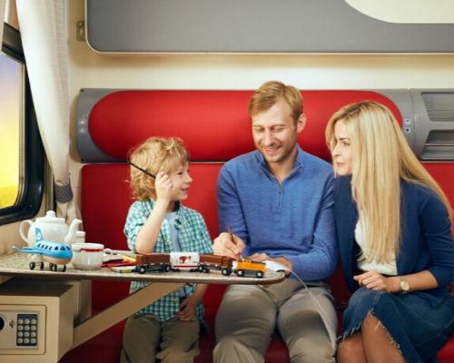 Несколько идей для занятия ребенка в поезде