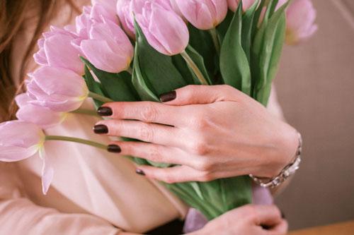 Красивые и короткие поздравление с 8 марта в стихах