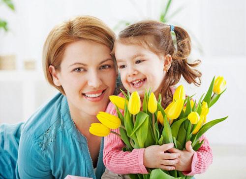 Красивые поздравление дочери с 8 марта в стихах
