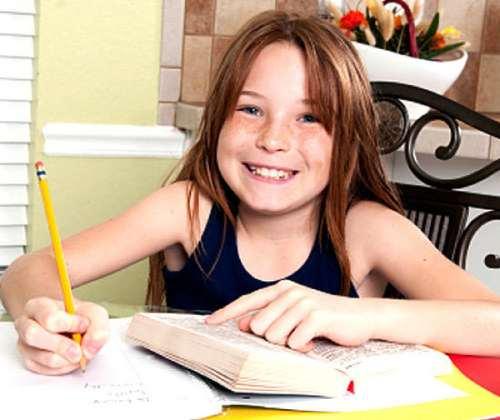 научить ребенка самостоятельно делать уроки дома
