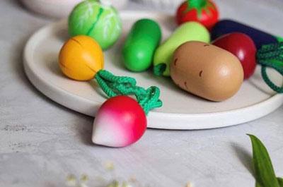 игрушки для детей: овощи и фрукты