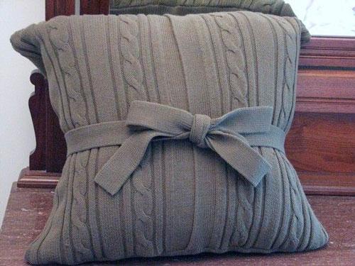 Подушки из свитера своими руками дома