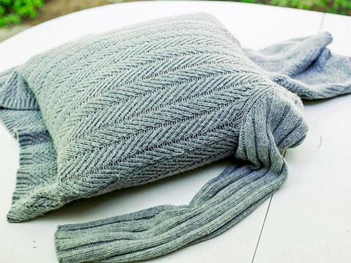 Подушки из свитера своими руками