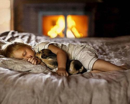 Можно ли фотографировать спящих детей родителям