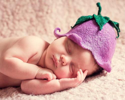 Стоит ли фотографировать спящих детей