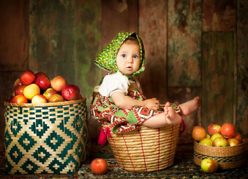 Весёлые частушки про яблочный спас для детей
