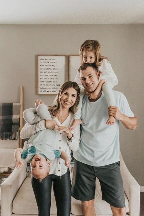 веселая семья, идеи для фото в студии