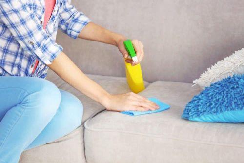 как почистить мебель в домашних условиях