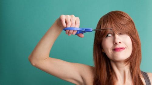 как постричь челку самостоятельно