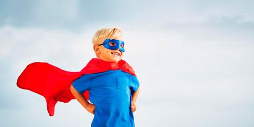 ребёнок супергерой