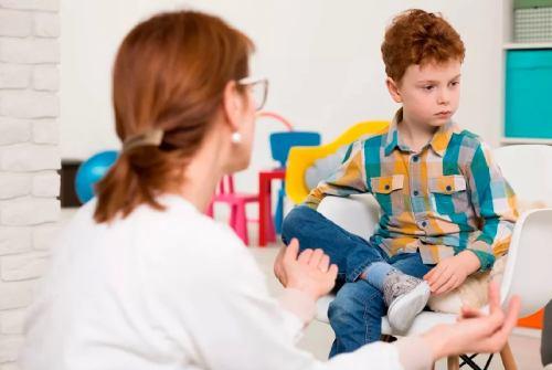 ребенок с аутичным характером признаки