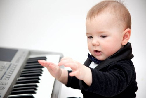когда отдавать в музыкальную школу