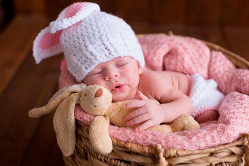 Красивые поздравления в стихах с рождением ребенка
