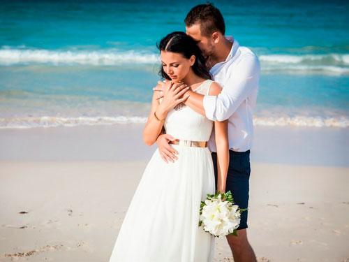 Короткие и красивые поздравления на свадьбу в стихах