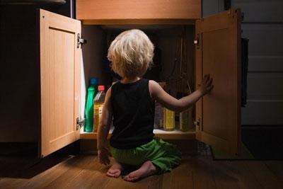 Безопасный дом для ребенка: порошки