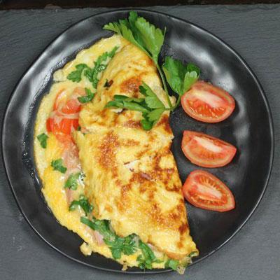 Быстрый завтрак для школьника: омлет