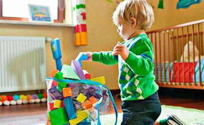 Как научить ребенка в 3 года убирать игрушки