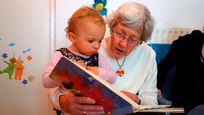 Няня или бабушка