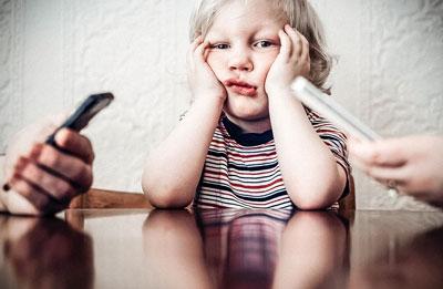 Почему дети поздно начинают говорить