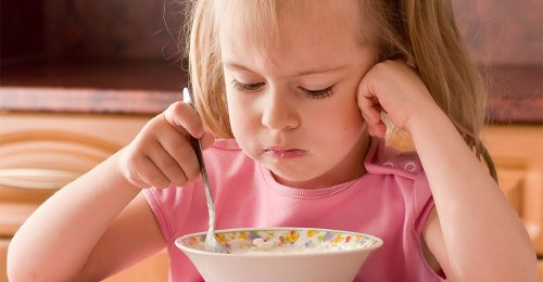 ребенок плохо ест причины