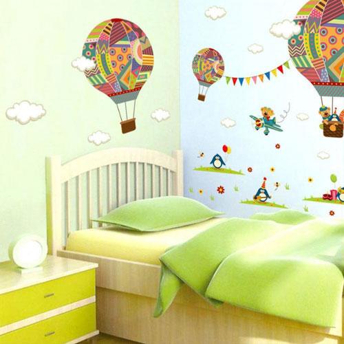 как украсить комнату ребенка наклееки