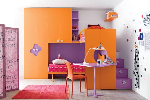 детская комната в оранжевых цветах