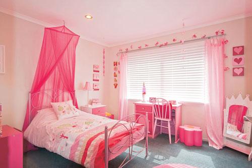 детская комната в розововых цветах 1