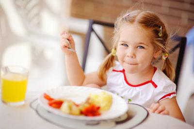 чем накормить ребенка малоежку