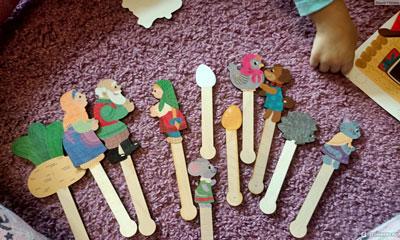 Как организовать дома кукольный театр: человечки из картона