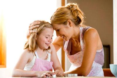 Как правильно хвалить ребенка родителям