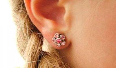 Как ухаживать за ушами после прокола у девочки